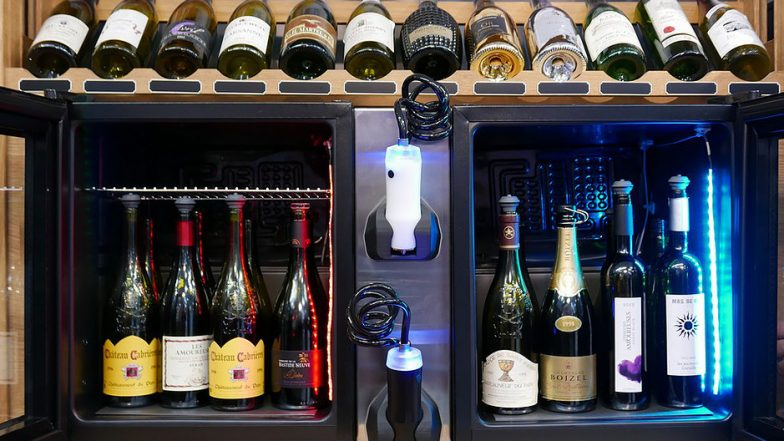 Mini Wine Serving Cabinet